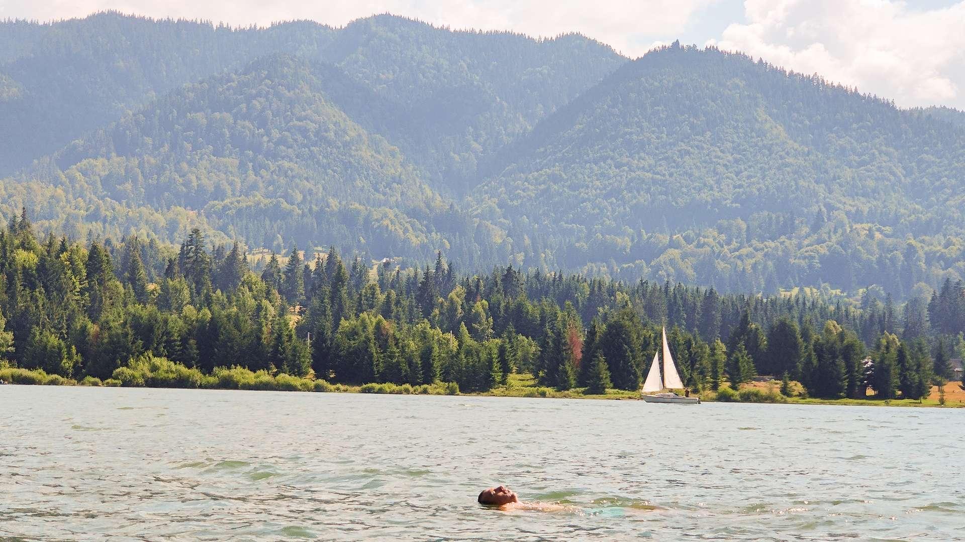 inot-lac plimbare barca pe lac