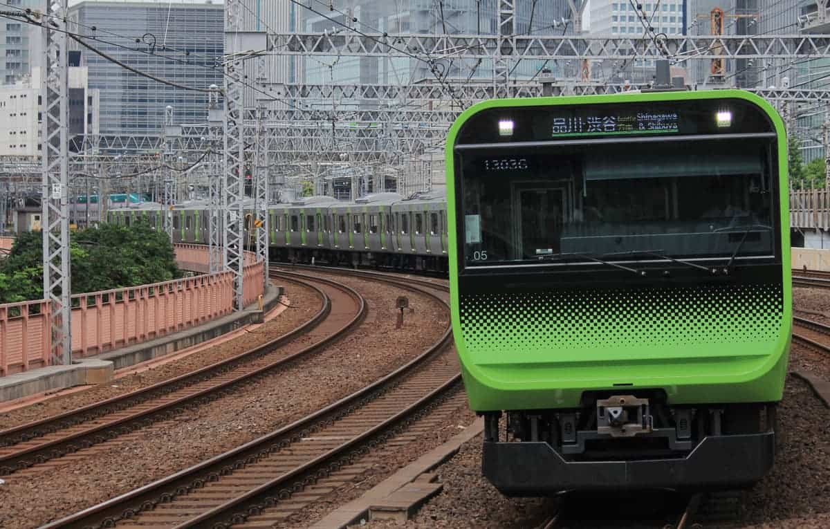 The JR Yamanote train by Abezori2525 - Own work, CC BY-SA 4.0