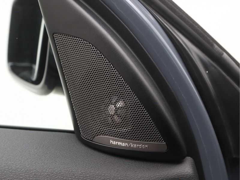 BMW X1 sDrive 20i High Executive M-Sport Automaat afbeelding 18