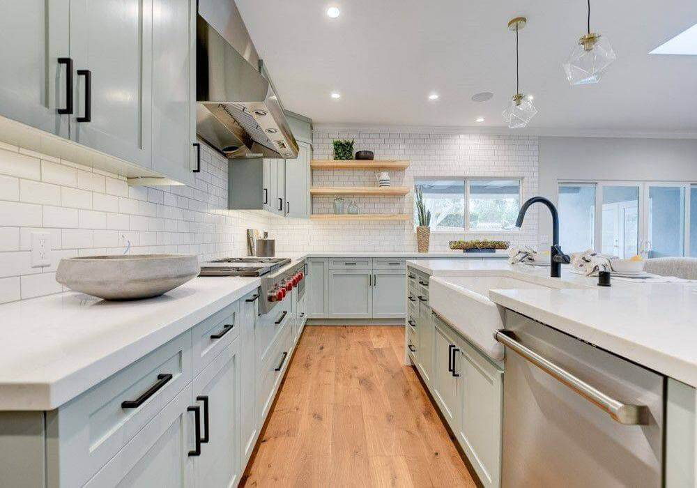 Functional, Fashionable Kitchens
