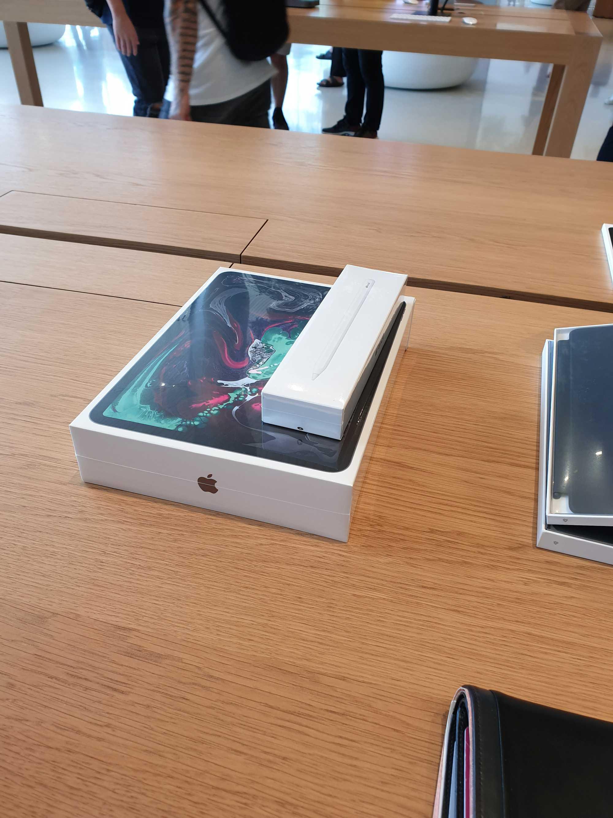 iPad Pro 11-inch at Apple Store