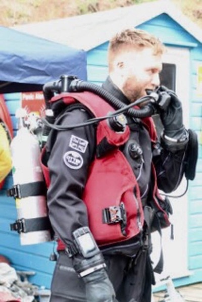 Trying rebreather diving in NDAC, UK