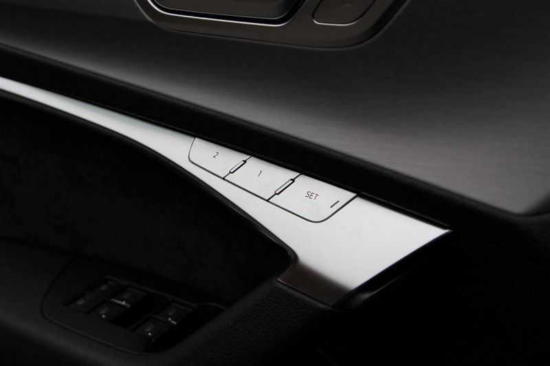 Audi A6 Avant 55 TFSIe Competition PANO.DAK+S-STOELEN+HEAD-UP afbeelding 9