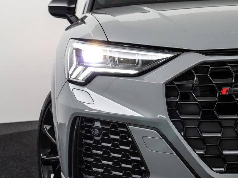 Audi Q3 Sportback TFSI RS 400 pk | Pano.Dak | Camera | Adapt.Cruise | Trekhaak| | Zwart Optiek | Alcanatara | RS Dynamic | afbeelding 15