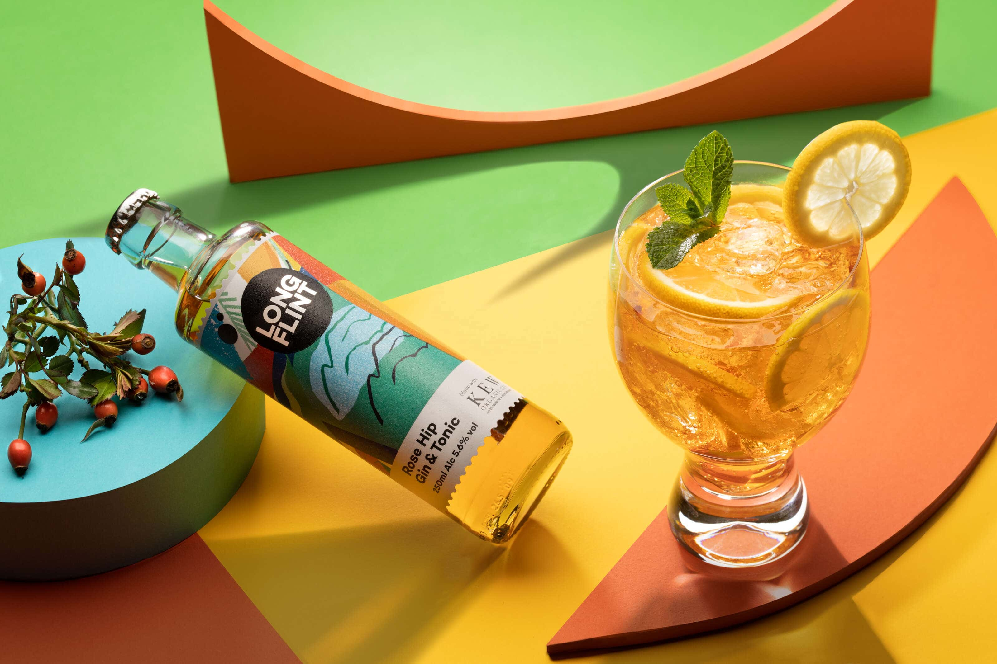 long-Flint gin and tonic cocktail in a pop art style