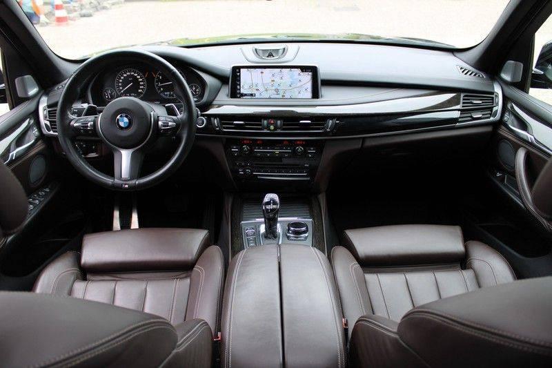 BMW X5 xDrive50i High Executive Pan.dak, Surr. view afbeelding 5