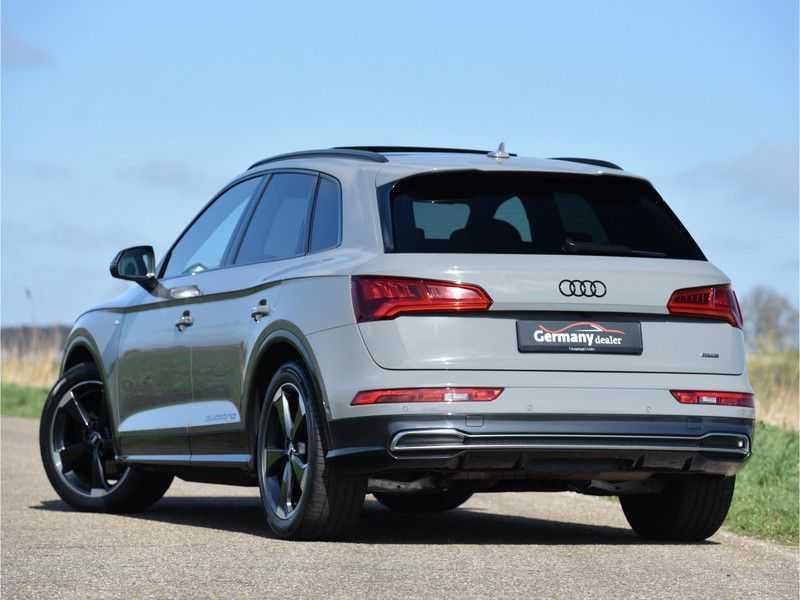 Audi Q5 2.0TFSI 252pk Quattro Black Optic Alle Opties! Lucht Tr.Haak Ruitleder Carbon Matrix Pano 20-Inch afbeelding 4
