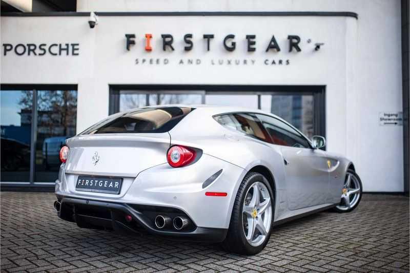 "Ferrari FF 6.3 V12 HELE *Collector Car / Passenger Display / 20"" / Carbon / Memory* afbeelding 11"