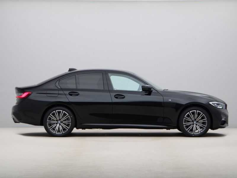 BMW 3 Serie 320e High Exe M-Sport Hybrid afbeelding 9