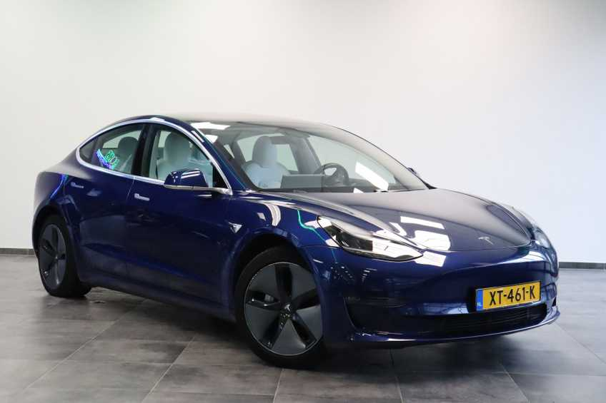 """Tesla Model 3 Long Range EX BTW 4% Bijtelling Navi Leder 18""""LM Blauw wit"""