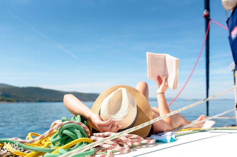 Open Your Mind: Yacht Getaways' Summer Reading List