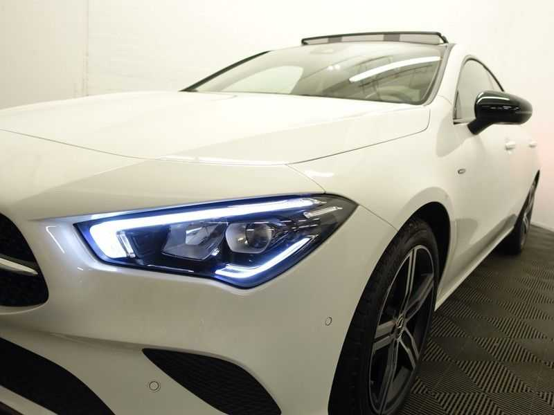 Mercedes-Benz CLA-Klasse AMG Night Edition Autom- Panodak, MBUX Widescreen, Leer, 2dkm! afbeelding 23