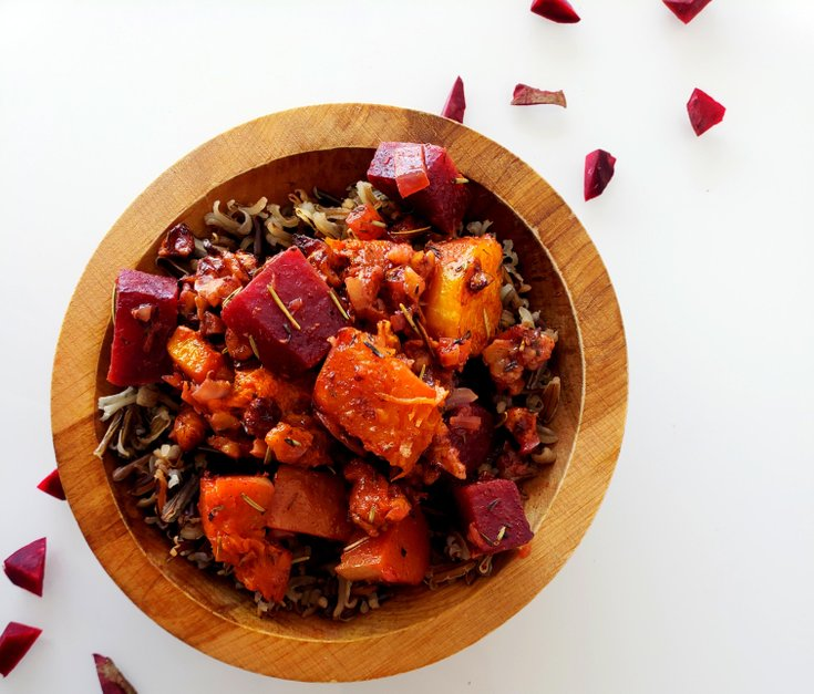 Casserole with wild rice, butternut squash and beets