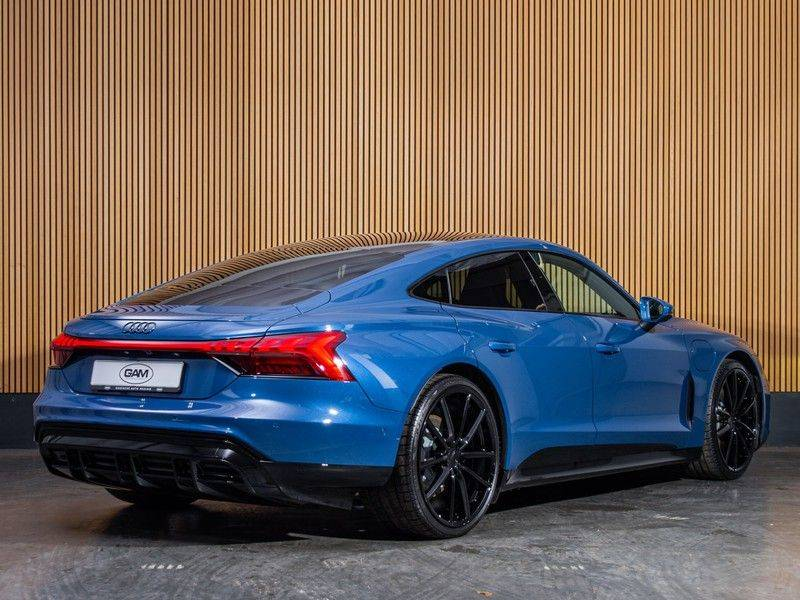 "Audi e-tron GT B&O,HUD,PANO,22"" afbeelding 7"