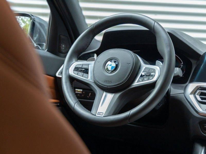 BMW 3 Serie Touring 330i M-Sport - Individual - Memoryzetels - Trekhaak - Panorama afbeelding 18