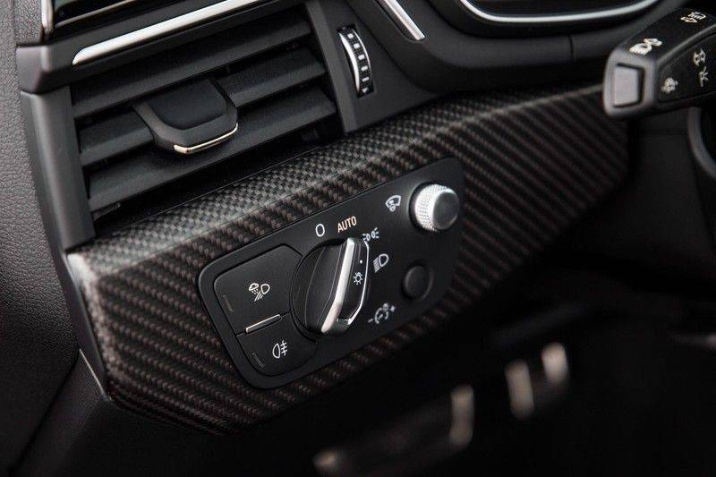 Audi RS4 Avant 2.9 TFSI quattro   450PK   Sportonderstel Plus   Panoramadak   Inleg Carbon   B&O   Sportdifferentieel   Head-up afbeelding 22