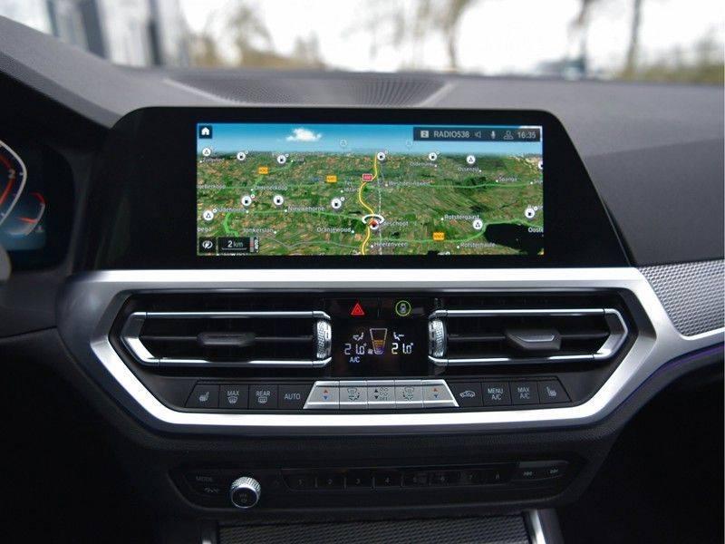 BMW 3 Serie 320d 190pk M-Performance Dak Laser HUD El-Memo Standk DA HiFi Keyless Live-Cockpit afbeelding 12