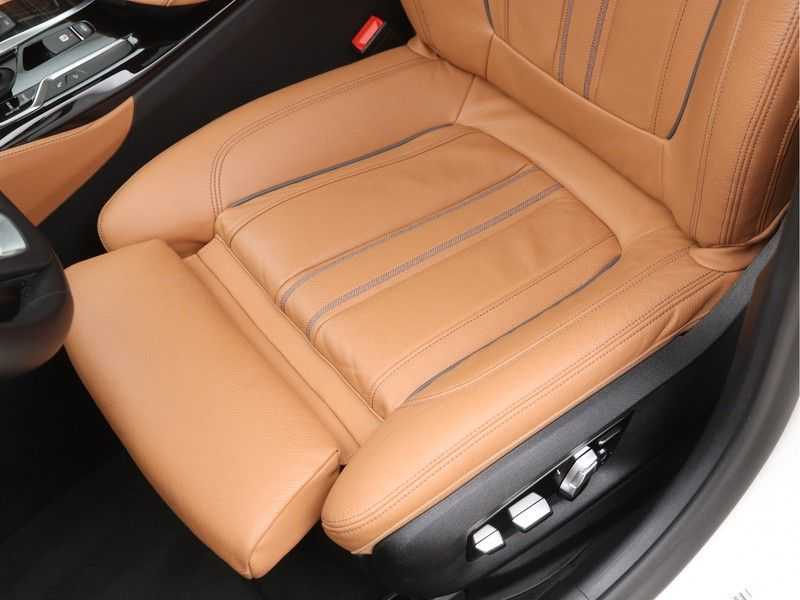 BMW 5 Serie 520d Luxury Line High Executive afbeelding 16