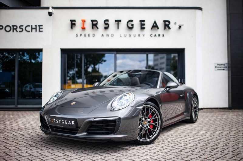 Porsche 911 Cabrio 3.0 Carrera 4S *BOSE / PDLS+ / Vierwielbest. / Sport Chrono / Sportuitlaat* afbeelding 1