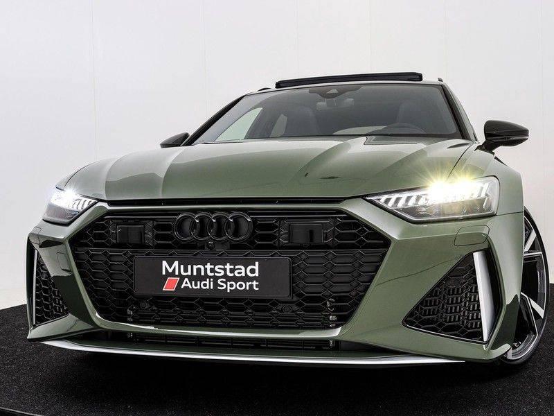 Audi A6 Avant RS 6 TFSI 600 pk quattro | 25 jaar RS Package | Dynamic + pakket | Keramische Remschijven | Audi Exclusive Lak | Carbon | Pano.dak | Assistentie pakket Tour & City | 360 Camera | afbeelding 17