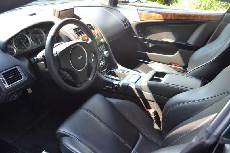 Aston Martin DB9 5.9 V12 afbeelding 7