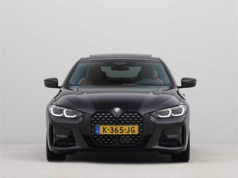 BMW 4 Serie Coupé 420i High Executive M-Sport Automaat afbeelding 12