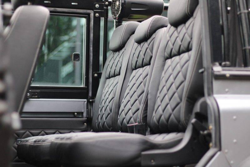 Land Rover Defender 110 Cabrio LS V8 aut. Uniek! afbeelding 9