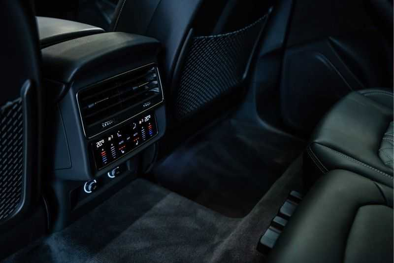 Audi Q8 55 TFSI quattro 3x S-line | PANO | 4 wielsturing | Tour | Trekhaak | Matrix LED | afbeelding 20