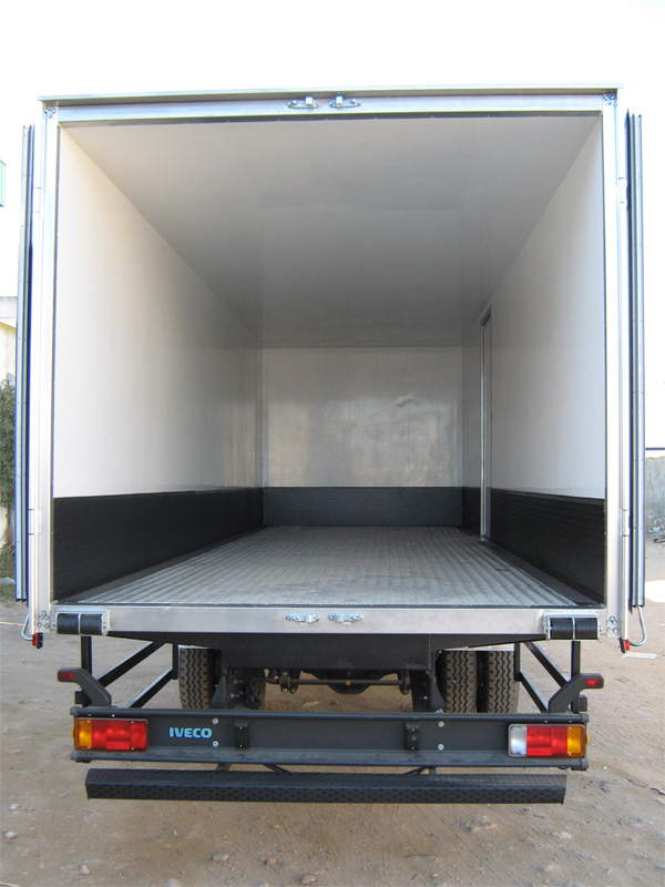 camion isotherme caisse