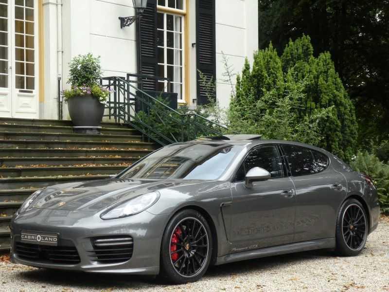 Porsche Panamera 4.8 GTS afbeelding 1