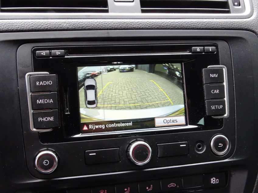 "Volkswagen Jetta 1.4 TSI Hybrid Highline Navigatie Xenon Clima Cruise 17""LM PDC Camera afbeelding 16"