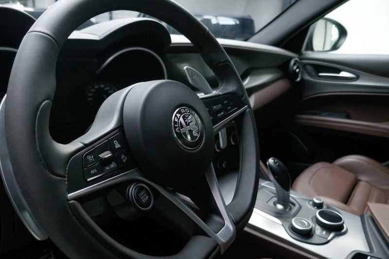 Alfa Romeo Stelvio 2.0 T AWD Q4 Special Edition afbeelding 10