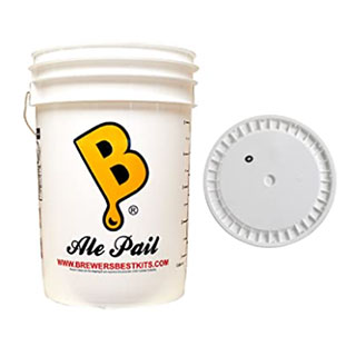 The Ale Pail, a 6.5 gallon plastic fermenter with lid