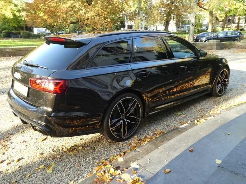 Audi RS6 Avant 4.0 TFSI Performance, Akrapovic afbeelding 14