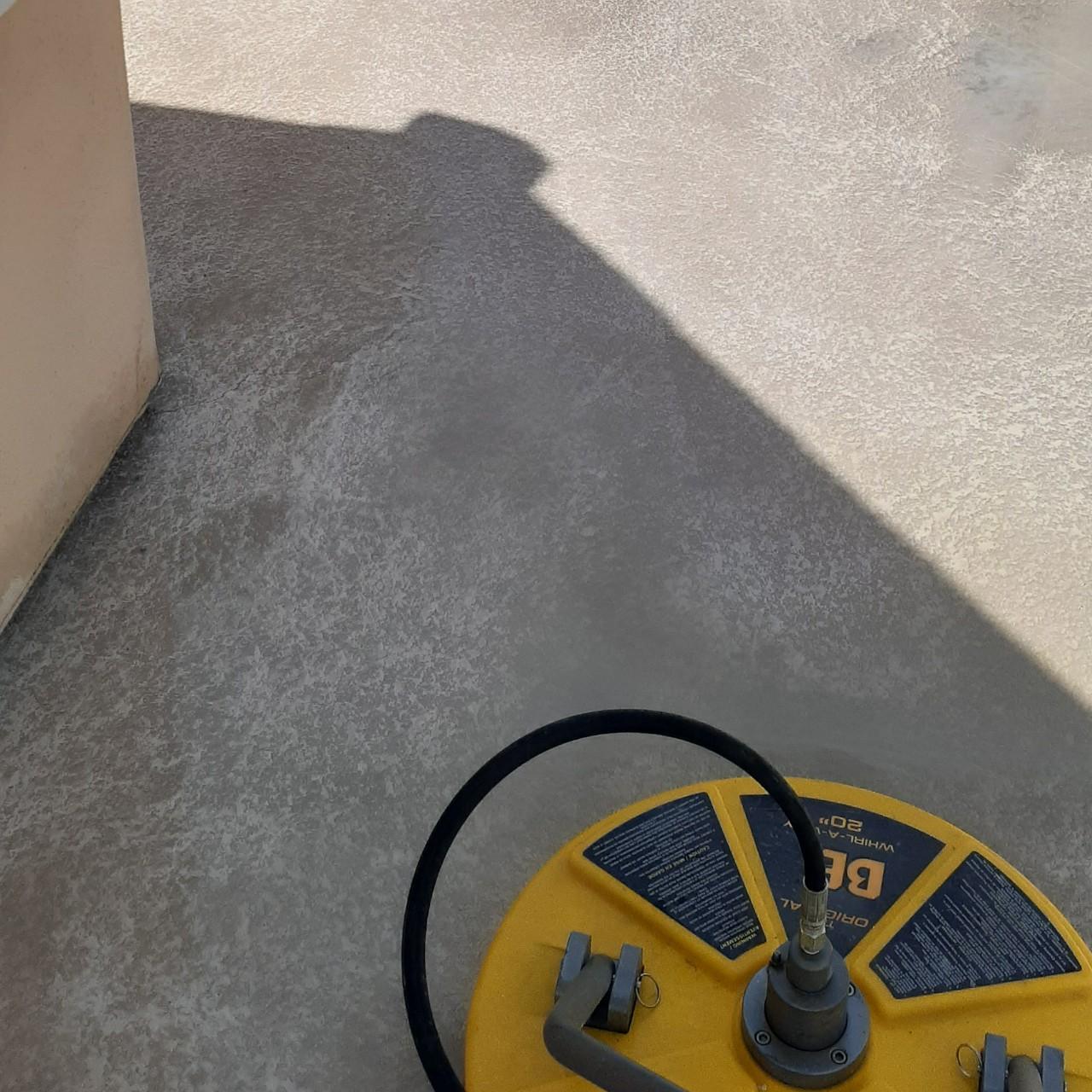 concrete-balcony-deck-restoration--cleaning-08