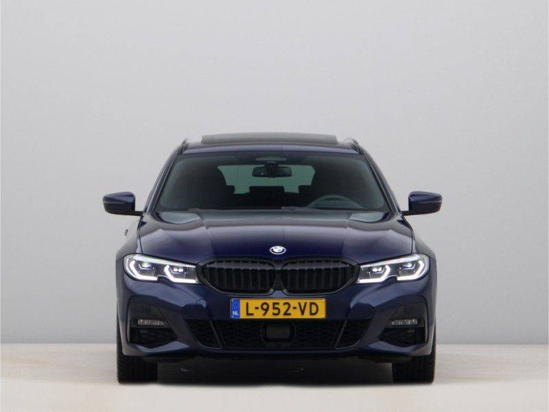 BMW 3 Serie Touring 330e xDrive High Executive M-Sport Automaat afbeelding 6