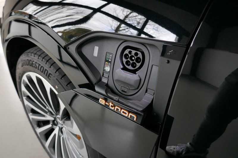 Audi e-tron 55 quattro S edition MARGE ALL IN PRIJS afbeelding 8