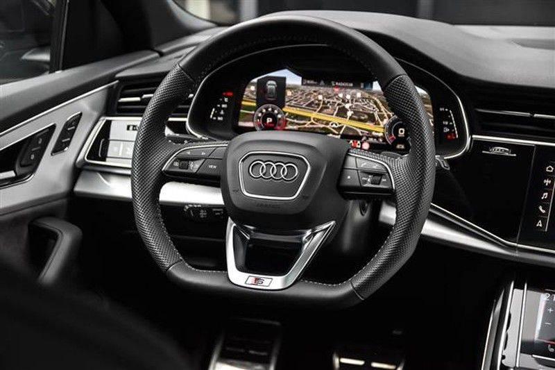 Audi Q8 55 TFSI S-LINE+23INCH+PANO.DAK+360CAM+BLACKLOOK afbeelding 9