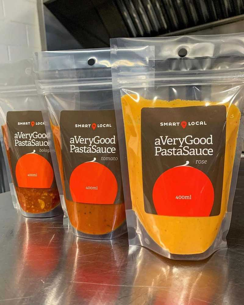If you've been searching for a very good pasta sauce, look no further! Smart N Local has you covered! They'll be at the Port Moody Farmers Market on Sunday, so if you're in the area we recommend you go and pick up a bag or three. You won't be disappointed! Can't make it to Port Moody? No worries. Give them a follow at @averygoodpastasauce and find out where they'll be next 🌱 . @averygoodpastasauce @portmoodymarket  . #eatfresh #eatlocal #northshorecommissary #farmersmarket #portmoodymarket #portmoody #smartnlocal #averygoodpastasauce #vancouver #vancouverfoodie #vancouvereats #vancouverfoodscene #pastasauce
