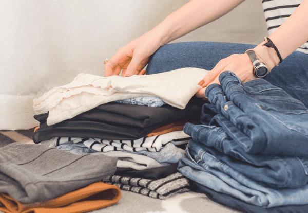 Alternativen zum Kleiderkauf: Über Kleidertausch und Kleidung mieten