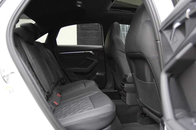Audi S3 Limo 310PK PANO.DAK+LEDER+HEAD-UP+MASSAGE+B&O afbeelding 6