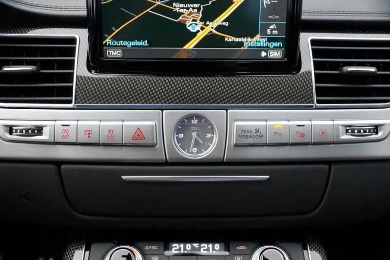 Audi S8 4.0 TFSI quattro Pro Line+ / B&O / Nightvision / Side- & Lane assist / Schuifdak / Head-Up afbeelding 21