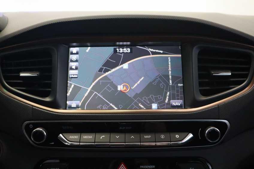 Hyundai IONIQ Comfort EV 4% Bijtelling NIEUW!! 21.116 ex. BTW Navigatie Adaptive-Cruise *tot 24 maanden garantie (*vraag naar de voorwaarden) afbeelding 5