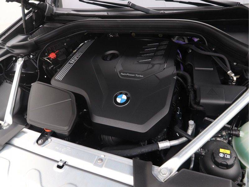 BMW X4 xDrive20i M Sport Edition afbeelding 4