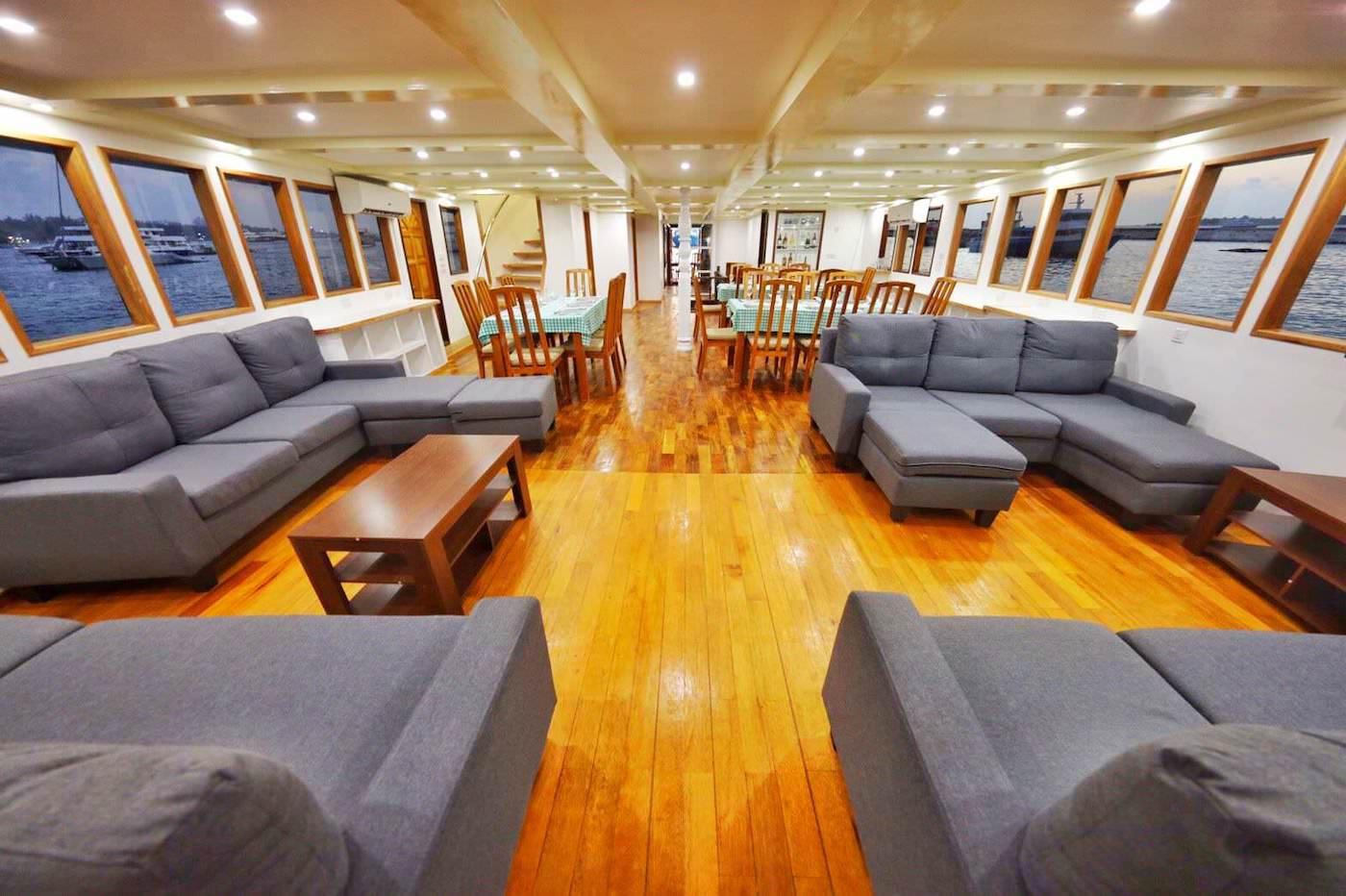 Maldives Legend 1 Surfcharter Boat Lounge and Dining