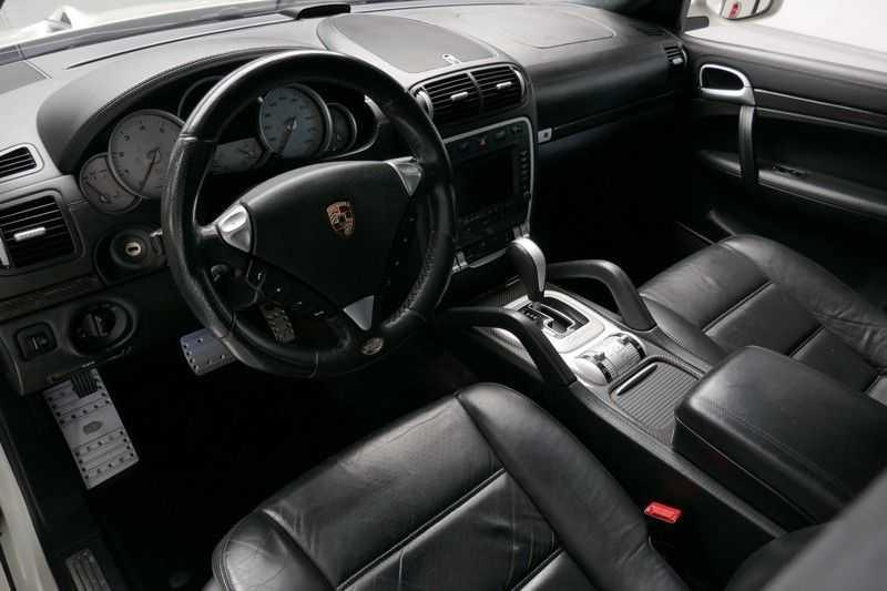 Porsche Cayenne 4.8 Turbo TECHART Magnum afbeelding 16