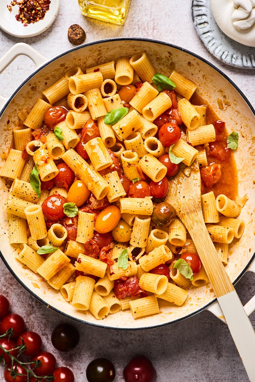 Burst Cherry Tomato Pasta