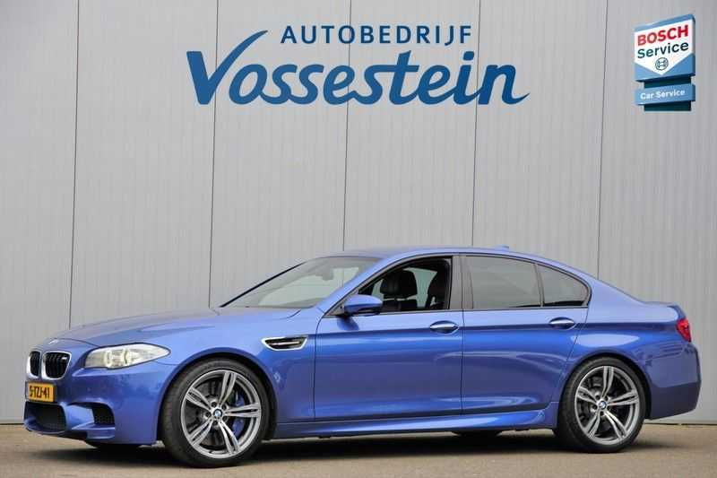 BMW 5 Serie M5 / Head-Up / Stoelverw. & Koeling / 20inch / Privacy glas / 95dkm! / Monte Carlo Blue