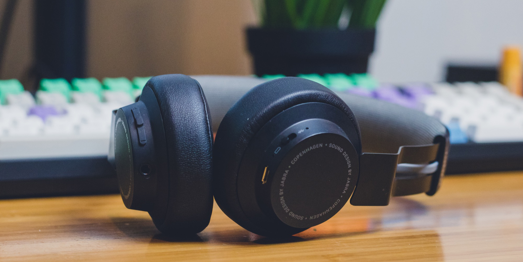 Thumbnail for Review: Jabra Move Wireless Headphones