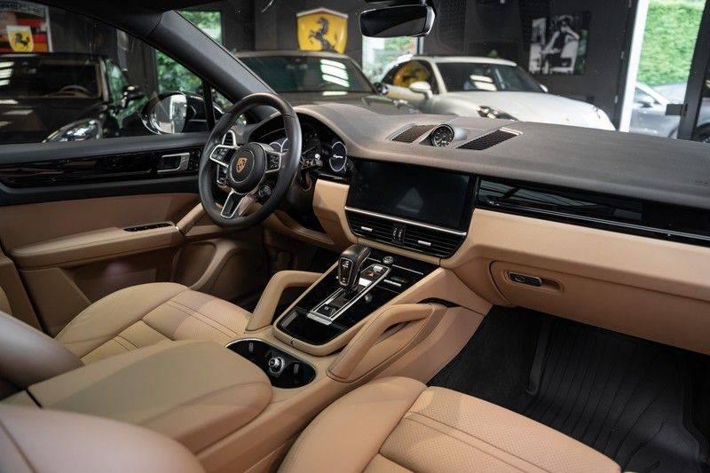 Porsche Cayenne Coupé Hybrid 22 Turbo Luchtvering Surround Camera ACC 3.0 E-Hybrid afbeelding 14